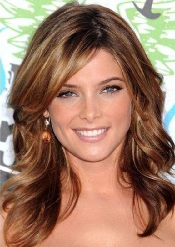50 Layered Hairstyles With Bangs Intended For Side Bangs And Pony Hairstyles For Wavy Hair (View 10 of 25)