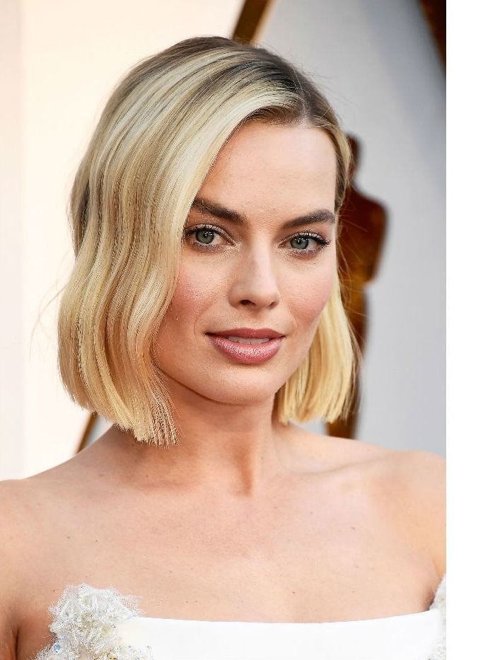 50 Of The Best Bob Celebrity Hairstyles For Short Hair Within Pretty Smooth Criminal Platinum Blonde Hairstyles (View 8 of 25)