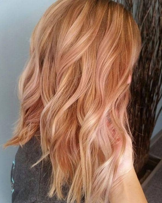 50 Of The Most Trendy Strawberry Blonde Hair Colors For 2018 With Regard To Honey Hued Beach Waves Blonde Hairstyles (View 9 of 25)