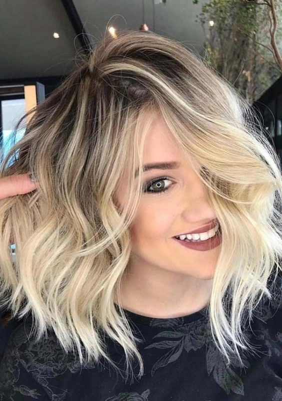 50 Perfect Messy Long Bob Blonde Haircuts For 2018 | Hairstyles Lob For Tousled Beach Babe Lob Blonde Hairstyles (View 10 of 25)