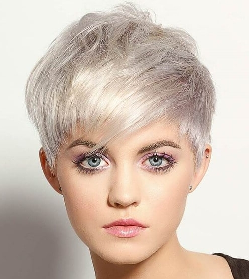 50 Pixie Haircuts You'll See Trending In 2018 Pertaining To Paper White Pixie Cut Blonde Hairstyles (View 20 of 25)