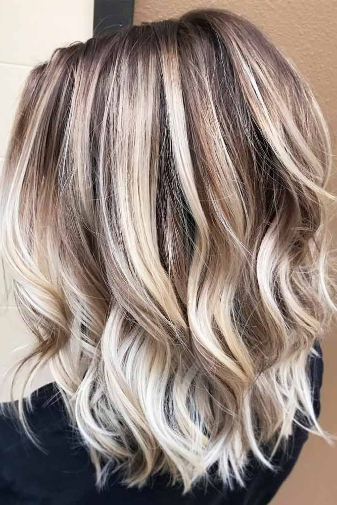50 Platinum Blonde Hair Shades And Highlights For 2018 | Blonde Within Platinum Highlights Blonde Hairstyles (View 7 of 25)