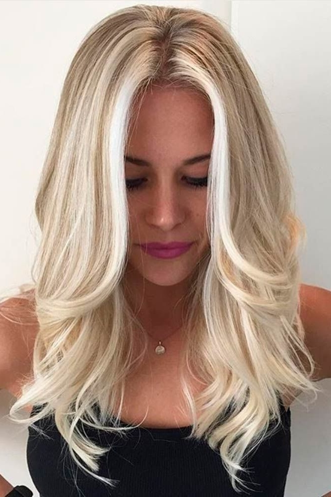 50 Platinum Blonde Hair Shades And Highlights For 2018 In 2018 Throughout Golden And Platinum Blonde Hairstyles (View 21 of 25)