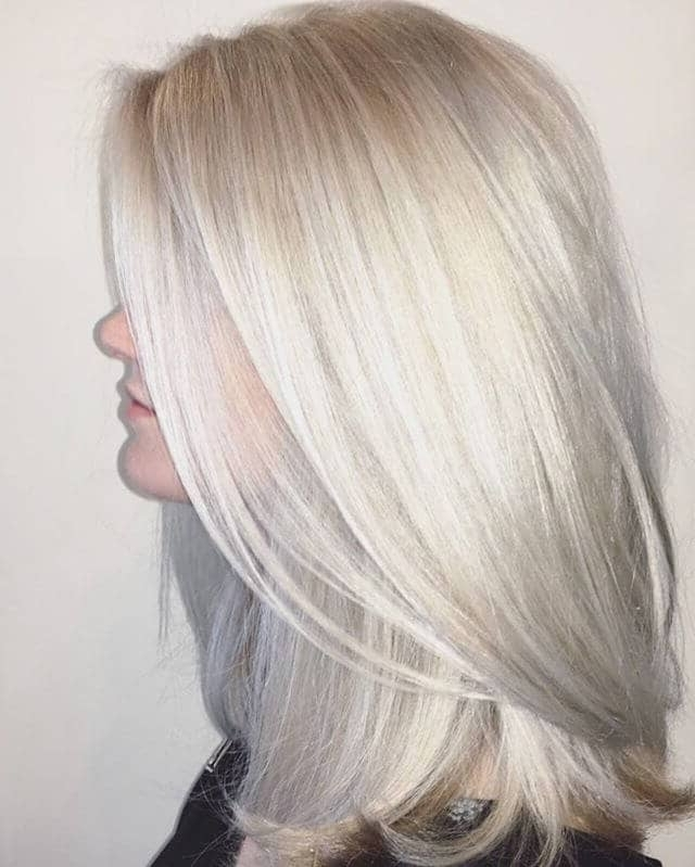 50 Platinum Blonde Hairstyle Ideas For A Glamorous 2018 Intended For Silver Blonde Straight Hairstyles (View 4 of 25)