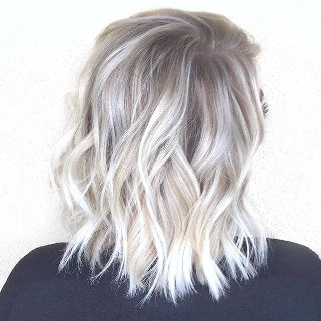 50 Platinum Blonde Hairstyle Ideas For A Glamorous 2018 Regarding Icy Ombre Waves Blonde Hairstyles (View 14 of 25)
