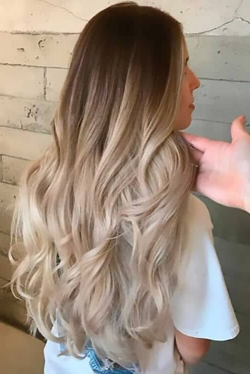50 Proofs That Anyone Can Pull Off The Blond Ombre Hairstyle Within Subtle Blonde Ombre (View 20 of 25)