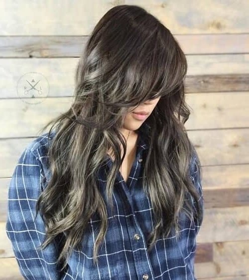 50 Timeless Ways To Wear Layered Hair And Beat Hair Boredom For Sun Kissed Blonde Hairstyles With Sweeping Layers (View 24 of 25)