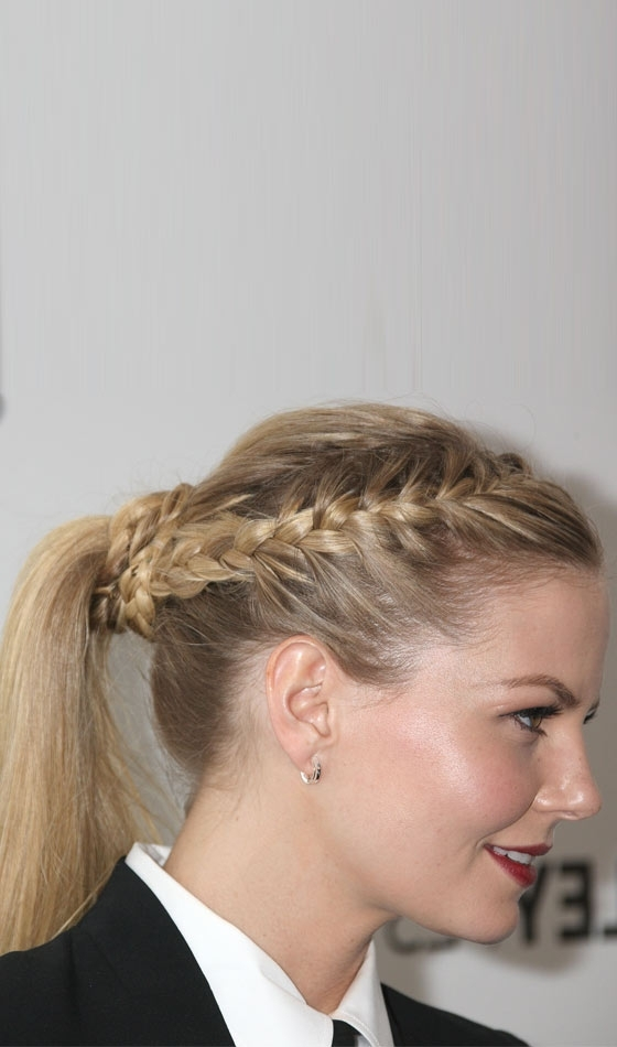 53 Easy To Do Ponytail Hairstyles For Girls With Side Braided Sleek Pony Hairstyles (View 6 of 25)