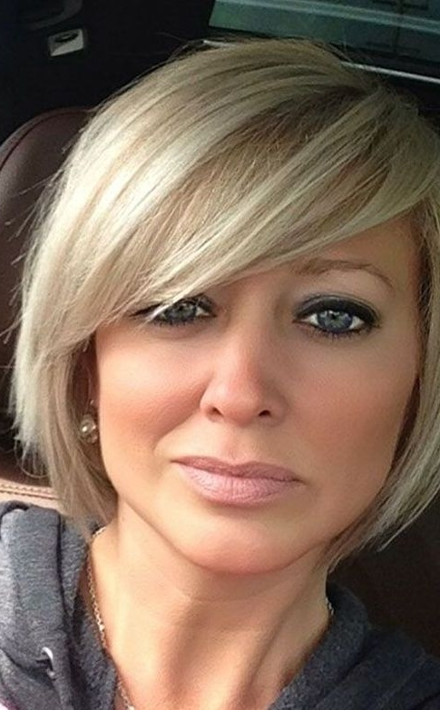 55 Cute Bob Hairstyles For 2017: Find Your Look For Cute Blonde Bob With Short Bangs (View 17 of 25)
