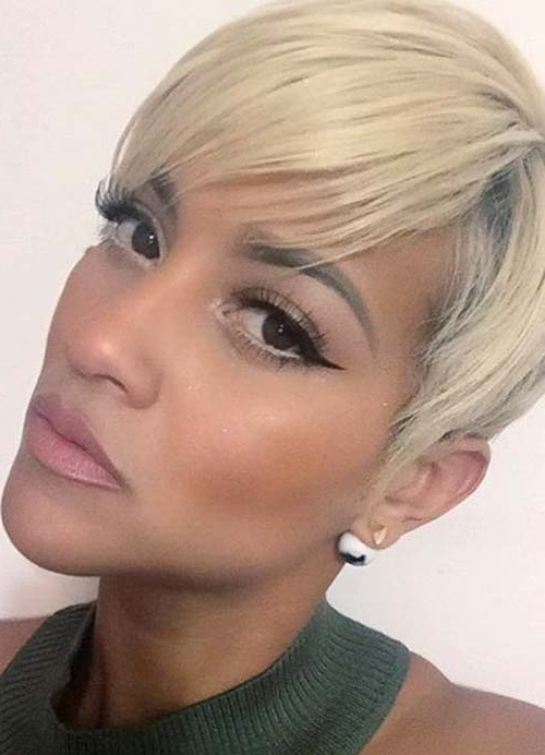 55 Short Hairstyles For Women With Thin Hair | Fashionisers Throughout Paper White Pixie Cut Blonde Hairstyles (View 10 of 25)