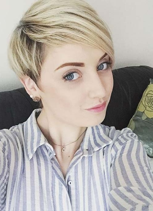 55 Short Hairstyles For Women With Thin Hair | Fashionisers Throughout Paper White Pixie Cut Blonde Hairstyles (View 7 of 25)