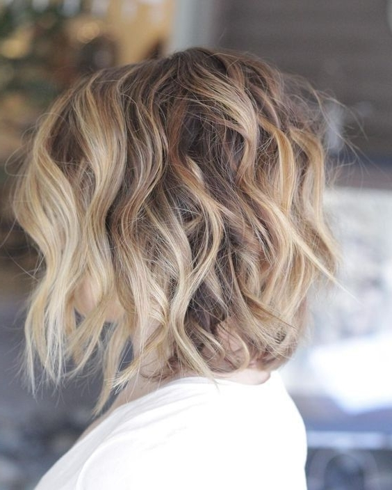 60 Best Hairstyles For 2018 – Trendy Hair Cuts For Women | Hair Inside Tortoiseshell Curls Blonde Hairstyles (View 6 of 25)