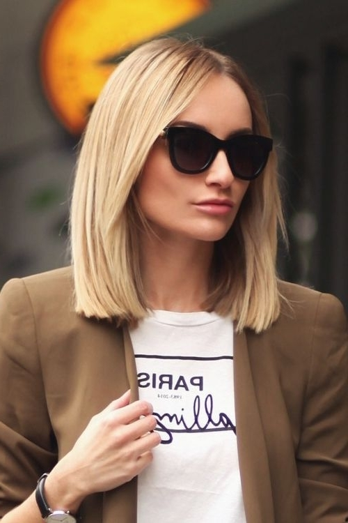 60 Gorgeous Blunt Cut Hairstyles – The Haircut That Works On Throughout Blunt Cut White Gold Lob Blonde Hairstyles (View 10 of 25)