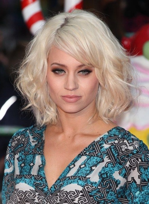 60 Most Delightful Short Wavy Hairstyles | Pinterest | Blonde Bob For Wavy Blonde Bob Hairstyles (View 20 of 25)