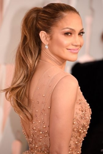 Featured Photo of Sleek Ponytail Hairstyles With Waves