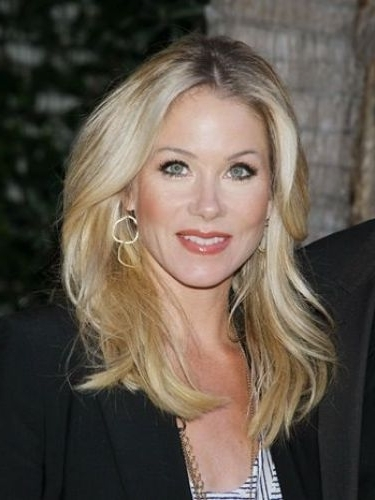 7 Christina Applegate Hair Color (Blonde Hair & Highlights) Pertaining To Casual And Classic Blonde Hairstyles (Gallery 22 of 25)