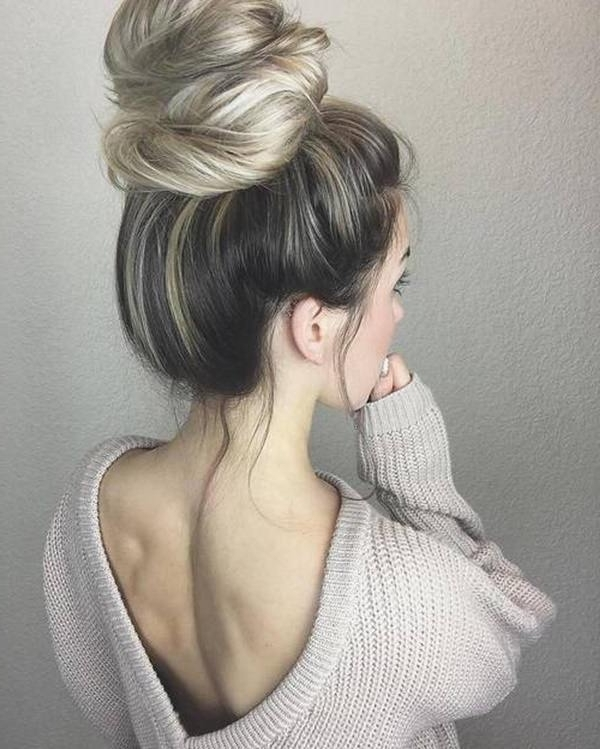 70 Blonde Hairstyles: Long, Short, Medium (2018) – Style Easily With Regard To White Blonde Hairstyles For Brown Base (Gallery 25 of 25)