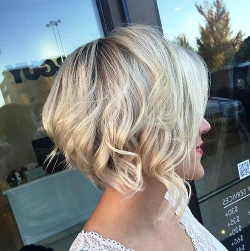 70 Fabulous Choppy Bob Hairstyles | Beauty | Pinterest | Blonde Bobs Regarding Pearl Blonde Bouncy Waves Hairstyles (View 12 of 25)