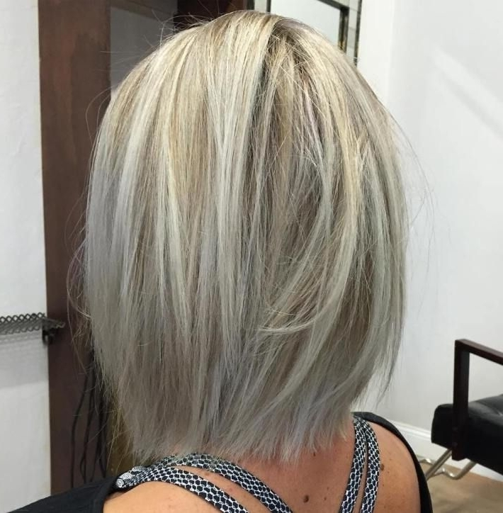 70 Winning Looks With Bob Haircuts For Fine Hair | Frisuren Within Straight Blonde Bob Hairstyles For Thin Hair (Gallery 5 of 25)