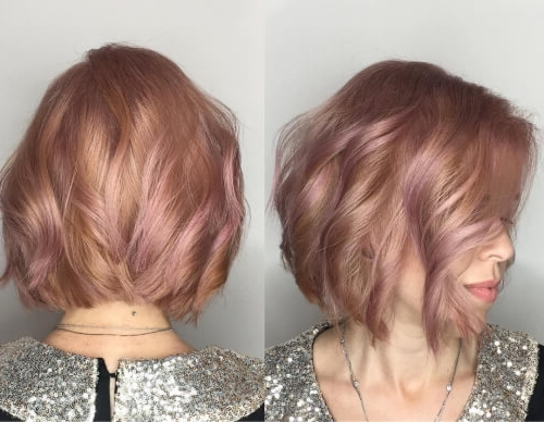 71 Alluring Rose Gold Hair Color Ideas To Try In 2018 Regarding Multi Tonal Golden Bob Blonde Hairstyles (View 23 of 25)