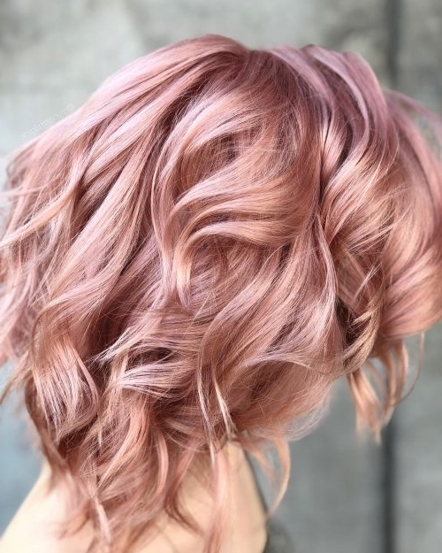 71 Alluring Rose Gold Hair Color Ideas To Try In 2018 Within Multi Tonal Golden Bob Blonde Hairstyles (Gallery 14 of 25)