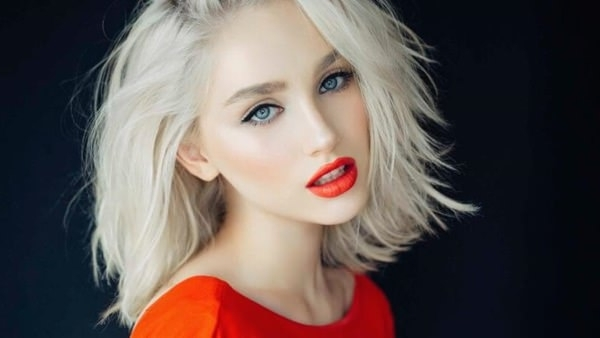 75 Hot Platinum Blonde Hairstyles For Your Next Salon Appointment Inside Pale Blonde Balayage Hairstyles (Gallery 23 of 25)