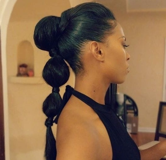 8 Ways To Style A Bubble Pony When A Regular Ponytail Just Won't Cut It in Sleek Bubble Ponytail Hairstyles