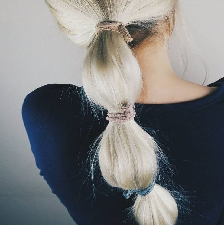 8 Ways To Style A Bubble Pony When A Regular Ponytail Just Won't Cut It Within Bubbly Blonde Pony Hairstyles (Gallery 4 of 25)
