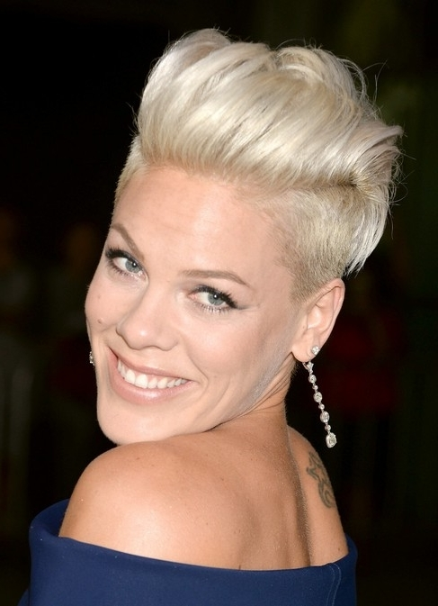 80 Popular Short Hairstyles For Women 2018 – Pretty Designs Inside Most Recently Bleach Blonde Pixie Hairstyles (Gallery 12 of 25)