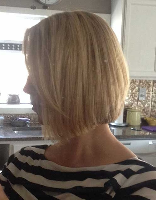 Angled Bobs With Bangs | Short Hairstyles 2017 – 2018 | Most Popular With Regard To Trendy Angled Blonde Haircuts (Gallery 3 of 25)