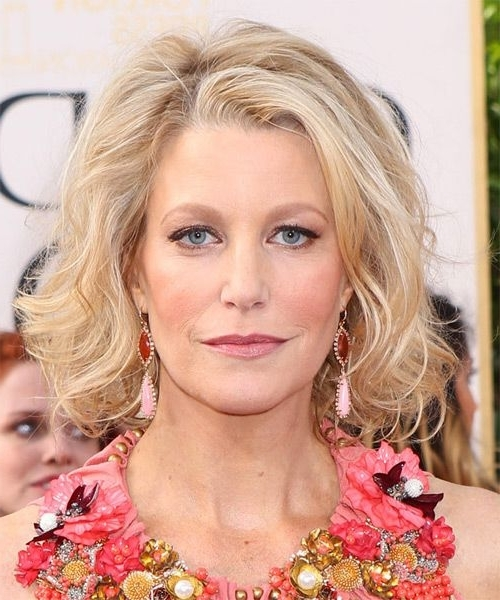 Anna Gunn Medium Wavy Casual Bob Hairstyle – Light Blonde | Anna Within Casual And Classic Blonde Hairstyles (Gallery 7 of 25)