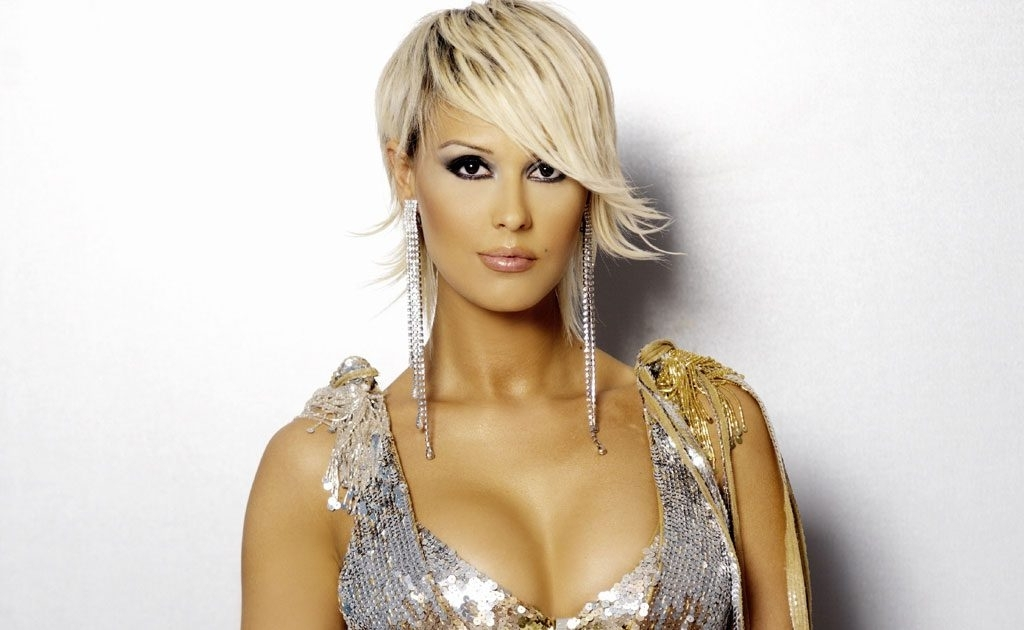 Asymmetrical Hairstyles – High Quality Images Of Hair Style For Platinum Asymmetrical Blonde Hairstyles (View 7 of 25)
