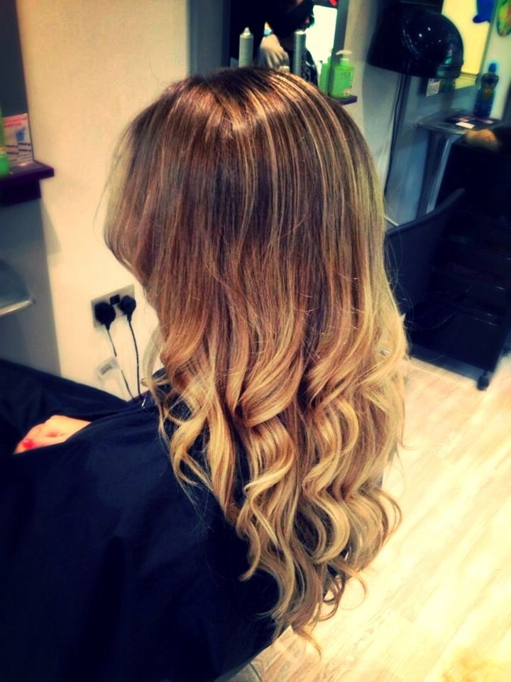 Ballyage Blonde Hair With Loose Curls/ Beach Waves | Hair Intended For Amber Waves Blonde Hairstyles (View 17 of 25)