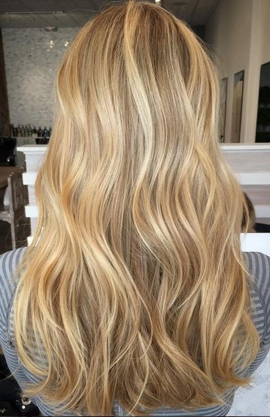 Beige And Gold Honey Blonde Highlights | Amazing Make Up And Hair Regarding Medium Honey Hued Blonde Hairstyles (View 12 of 25)