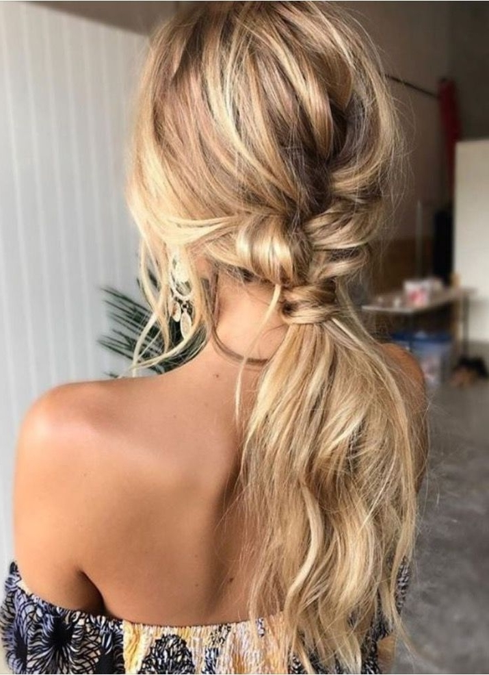 how to make a messy ponytail with long hair
