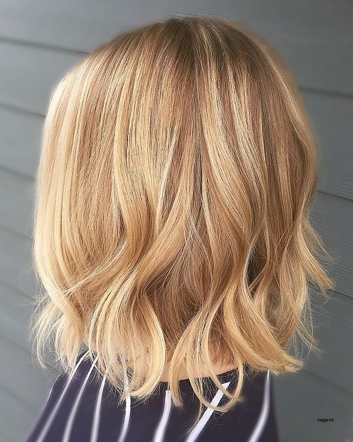 Blonde Angled Bob Hairstyles New Blonde Balayage Short Hair Wavy Lob With Regard To Angled Wavy Lob Blonde Hairstyles (View 19 of 25)