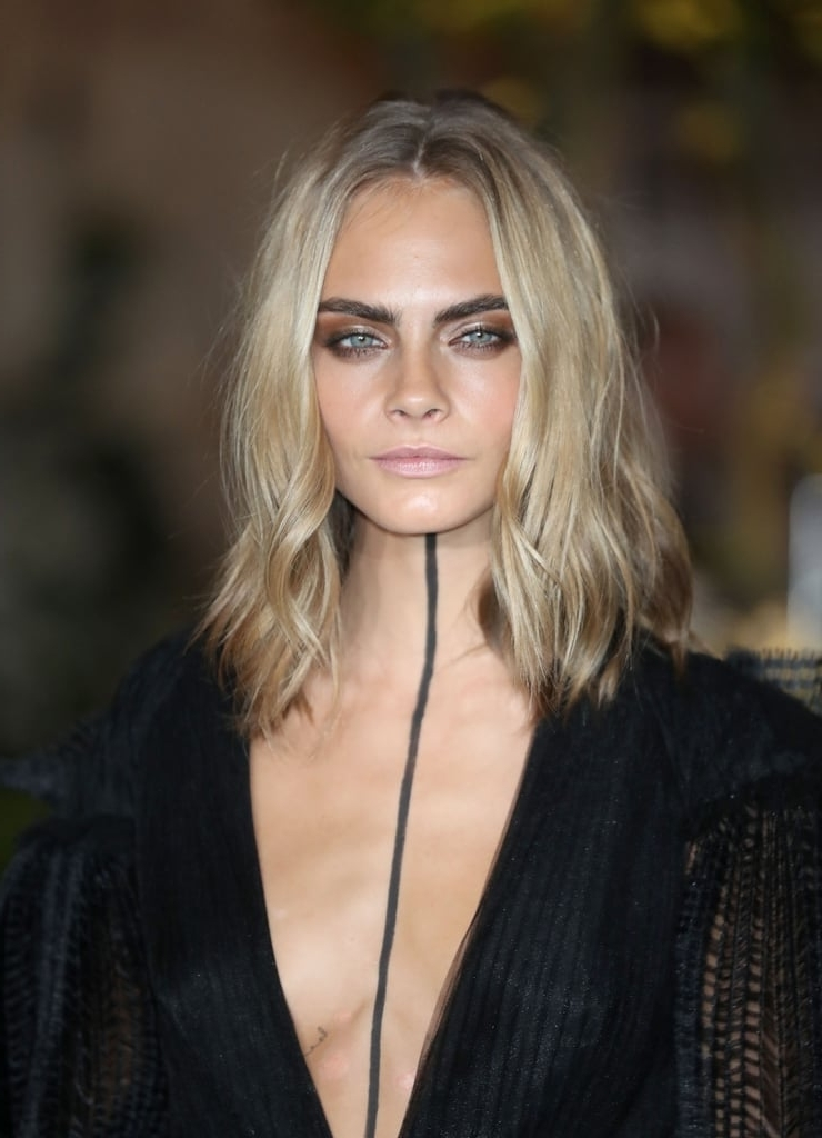 Blonde Lob | Cara Delevingne Hair Transformation | Popsugar Beauty Within Blonde Lob Hairstyles With Middle Parting (View 19 of 25)
