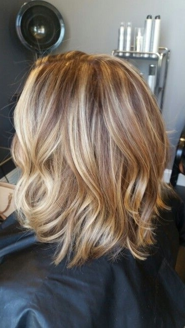 Blonde Lob With Highlights And Lowlightsbrianna Thomas | My In Messy Blonde Lob With Lowlights (View 17 of 25)