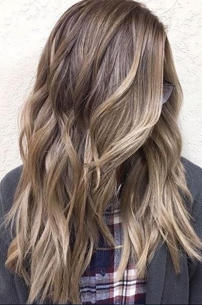 Bronde Hair And Beach Waves – Mane Interest Within Bronde Beach Waves Blonde Hairstyles (View 14 of 25)