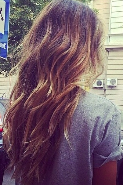 Brown And Blonde Ombre Wavy Messy Hair. Perfect For Everyday (View 5 of 25)