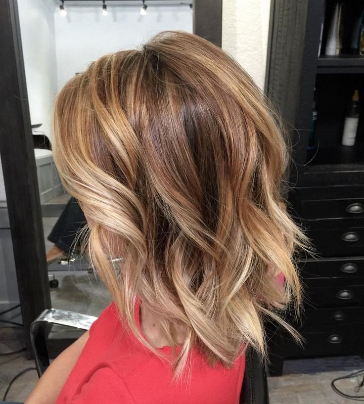 Brunette Balayage & Hair Highlights : Cute Hairstyle – Bronde Bob In Bronde Beach Waves Blonde Hairstyles (View 5 of 25)