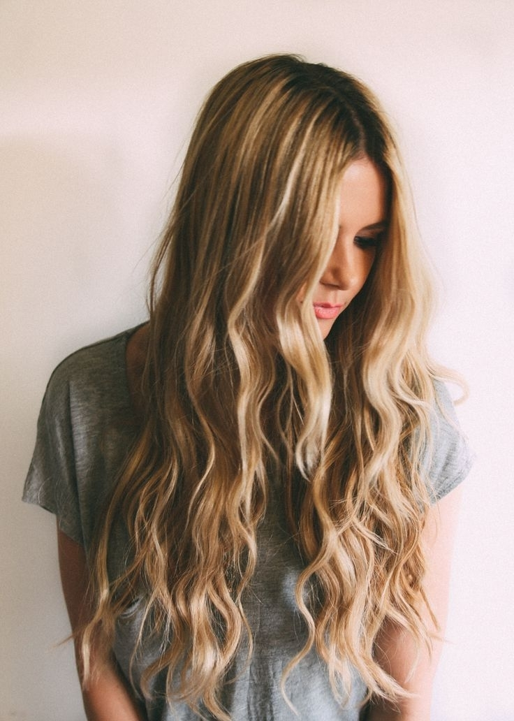Cheveux Long : Beachy Waves Tutorial – Barefoot Blondeamber with regard to Amber Waves Blonde Hairstyles