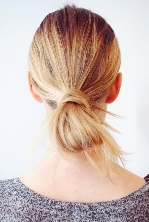 Chic 10 Minute Hairstyles To Get You Through The Workweek | Bridal Throughout Loose And Looped Ponytail Hairstyles (View 6 of 25)