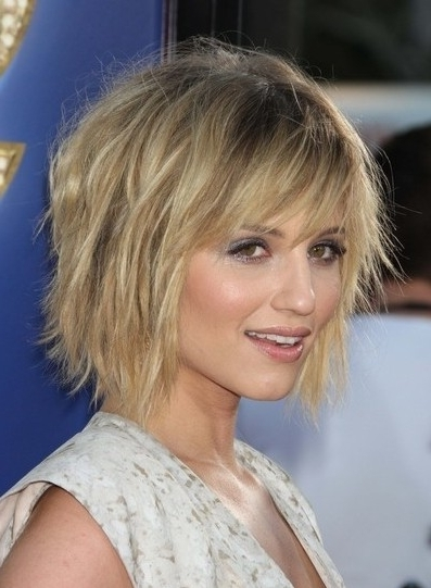 Choppy Short Hairstyle For Fine Hair – Popular Haircuts Within Choppy Cut Blonde Hairstyles With Bright Frame (View 10 of 25)