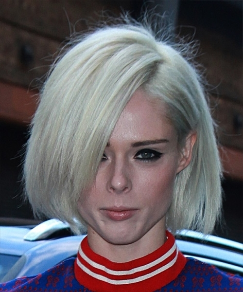 Coco Rocha Short Straight Casual Bob Hairstyle – Light Platinum With Regard To White Blunt Blonde Bob Hairstyles (View 24 of 25)
