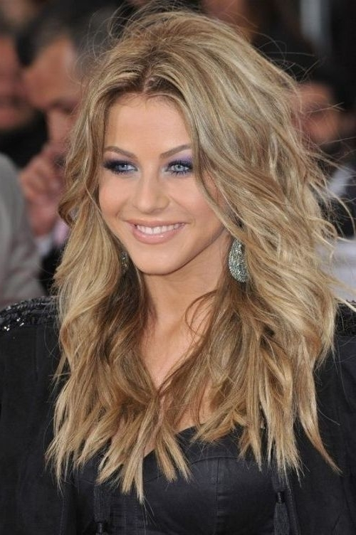 Collection Of Feather Cut Hair Styles For Short, Medium And Long Hair Intended For Feathered Cut Blonde Hairstyles With Middle Part (View 3 of 25)