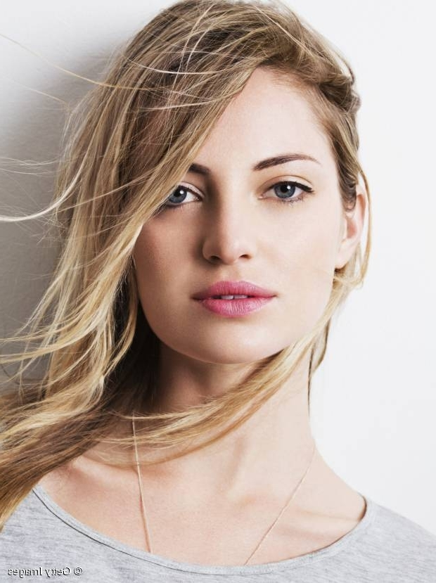 Colored Hair: How To Grow Your Roots Out Gracefully Inside Sleek Blonde Hairstyles With Grown Out Roots (View 9 of 25)