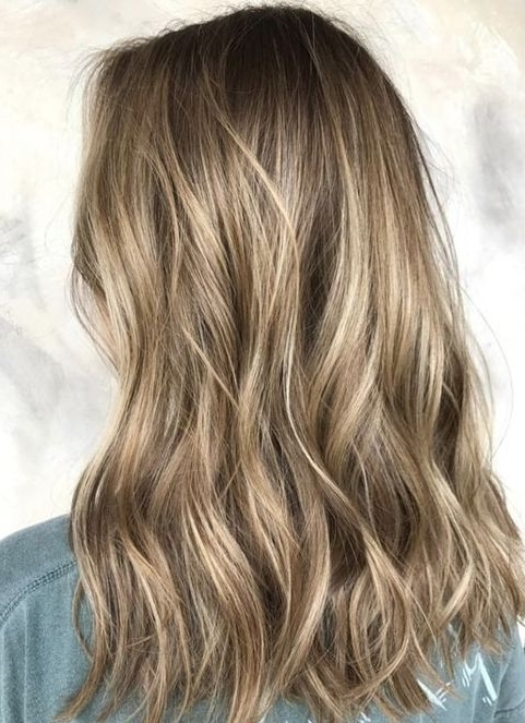 Dark Blonde Balayage Hair Color Ideas For Medium Hairstyles 2018 Intended For Cool Dirty Blonde Balayage Hairstyles (Gallery 10 of 25)