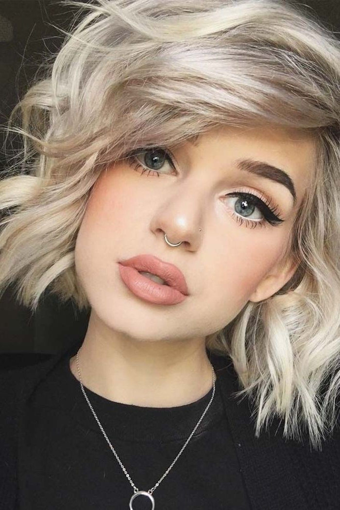 ?1001 + Ideas For Stunning Medium And Short Hairstyles For Fine Hair Inside Best And Newest Side Parted Blonde Balayage Pixie Hairstyles (View 19 of 25)