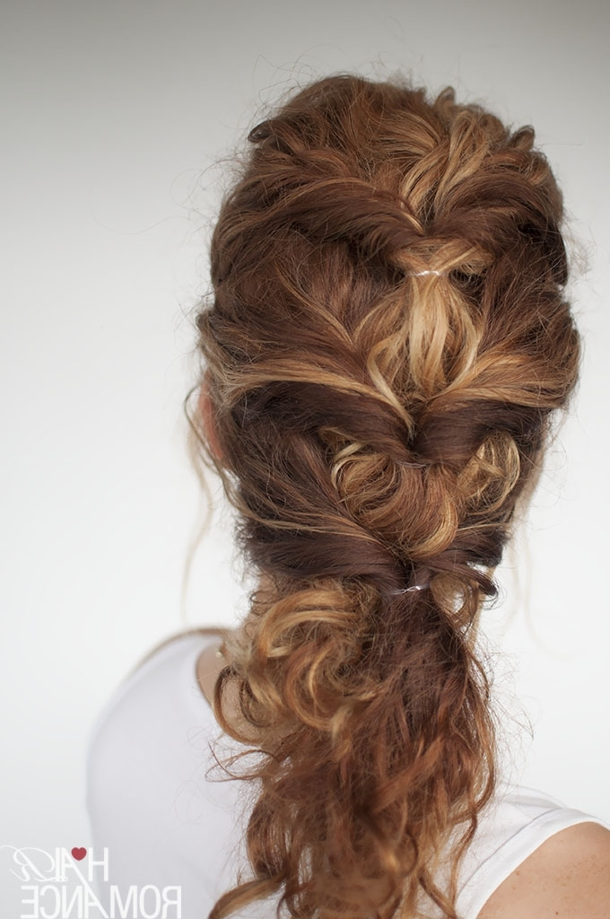 Easy Everyday Curly Hairstyle Tutorial – The Curly Twist With Curly Pony Hairstyles For Ultra Long Hair (View 12 of 25)